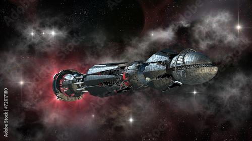 statek-kosmiczny-w-podrozy-miedzygwiezdnej