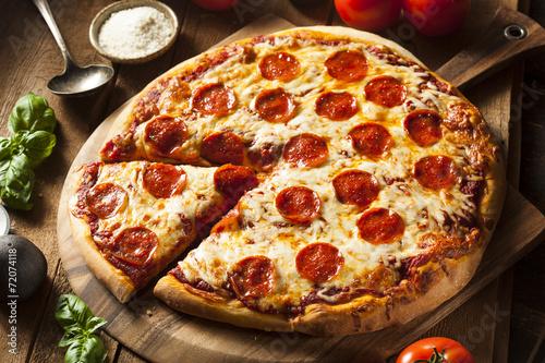 Cadres-photo bureau Pizzeria Hot Homemade Pepperoni Pizza