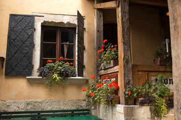 Fototapeta na wymiar Tuscan windows
