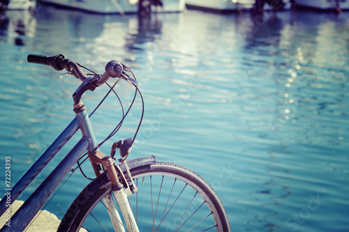Poster Fiets vintage bicycle by the sea in Alghero