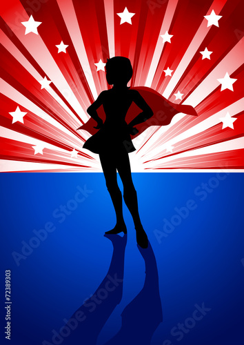superbohaterka-stojaca-przed-lekkim-wybuchem