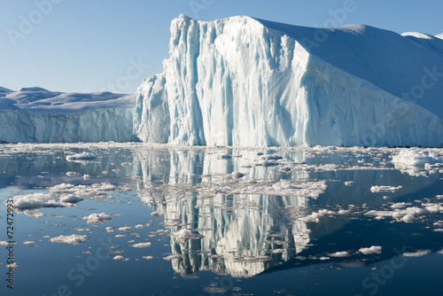Papiers peints Arctique Beautiful Iceberg