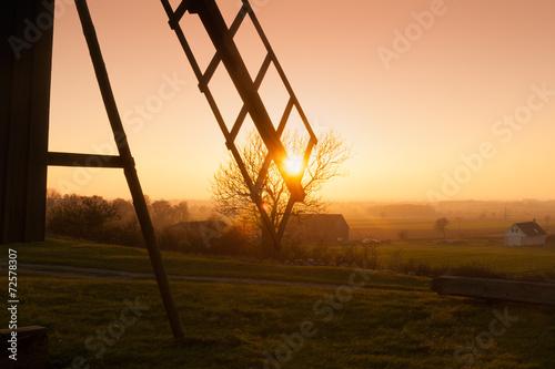 obraz PCV Windmühle im Abendlicht, Szczegóły