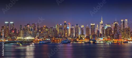 Foto op Aluminium New York Panoramic view on Manhattan at night