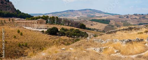 Fotografie, Obraz  Doric temple of Segesta