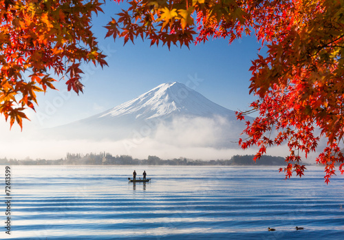 Photo Stands Japan Mt. Fuji and Kawaguchiko lake with morning fog in autumn