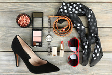 Essentials Fashion Woman Objec...