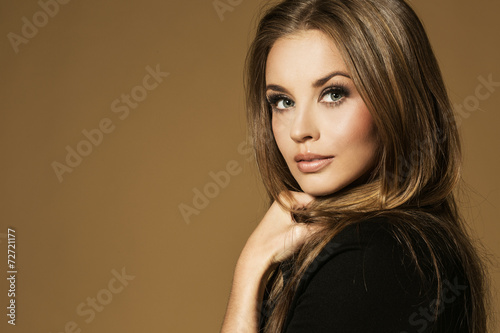 Fotografía  Retrato de la mujer maravillosa rubia