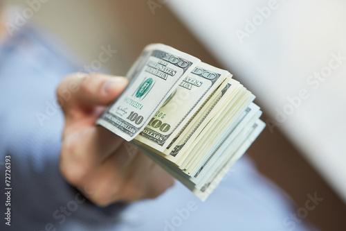 Fotografía  Dinero en la mano