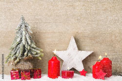 Weihnachtsstern Für Tannenbaum.Weihnachtsstern Tannenbaum Und Kerzen Kaufen Sie Dieses Foto Und