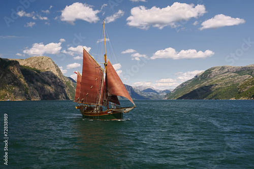 Obrazy na płótnie Canvas Sailing regatta. Best sailboats.