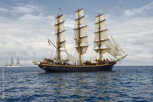 Obrazy na płótnie Canvas Sailing ship. Collection ships and yachts