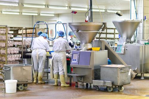 Staande foto Industrial geb. Lebensmittelindustrie - Wurstherstellung // Food Industry