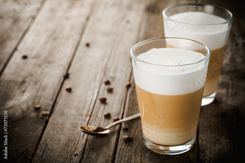Photo Two glasses of latte