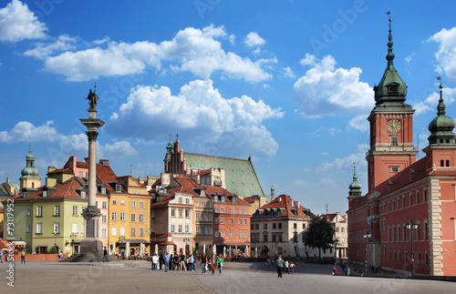 Castle Square. Warsaw. - 73117952