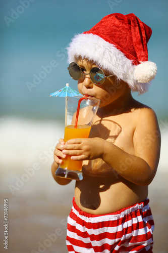 Photo Stands Indians toddler Santa Claus