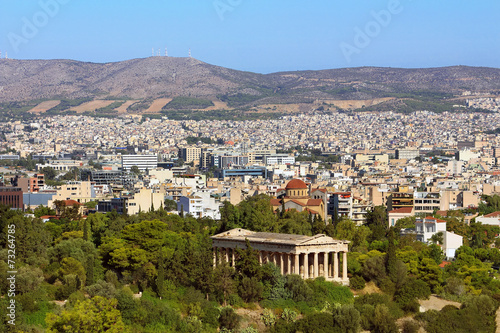 Photo  View of Athens city with Temple of Hephaestus from Acropolis hil