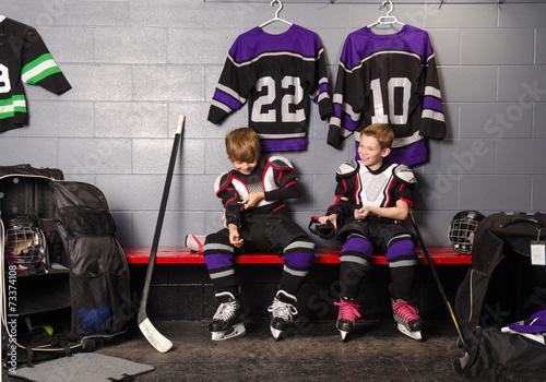 Plakat Hockey Arena Boys w lodowisku