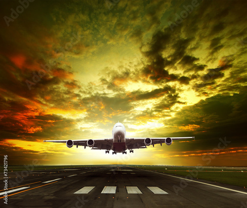 Fotografia  passenger plane ready to take off on airport runways use for tra