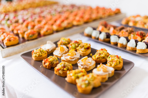 Spoed Fotobehang Voorgerecht Variety of canapes