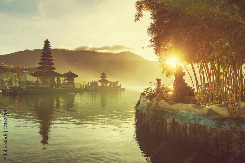 Fototapeta Ulun Danu. Bali