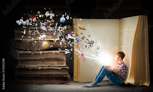Obraz Reading and imagination - fototapety do salonu