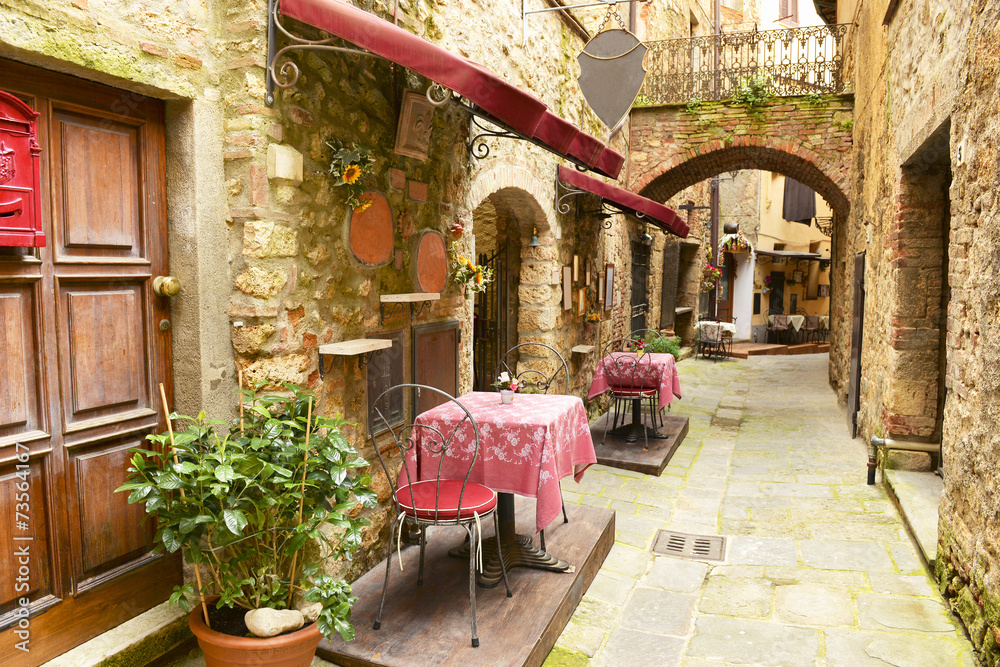 Restaurant in Tuscany