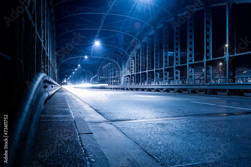 Papiers peints Tunnel Hackerbrücke München bei Nacht