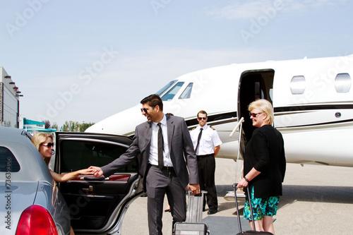 Fotografía Diva llega al avión privado