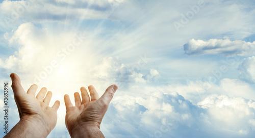 Photo  Hands in sky