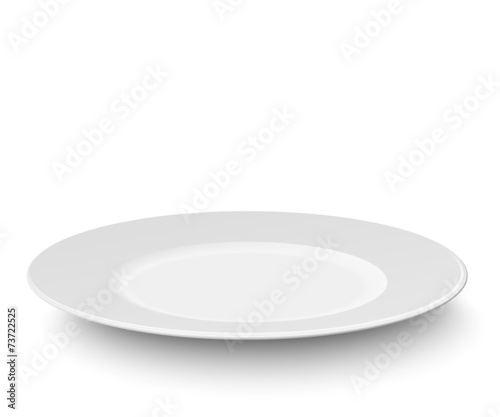 Fotografía Empty plate isolated on white