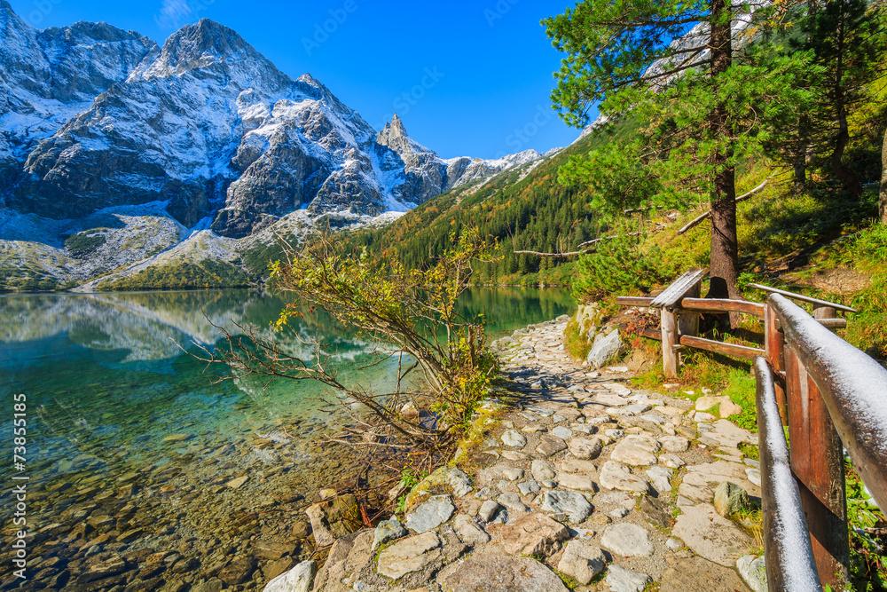 Fototapety, obrazy: Morskie Oko lake in autumn colours, High Tatra Mountains, Poland