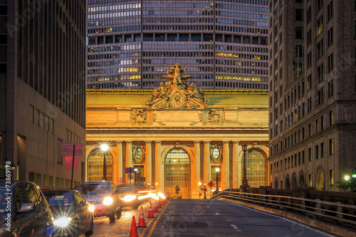 Facade of Grand Central Terminal at twilight in New York Wallpaper Mural