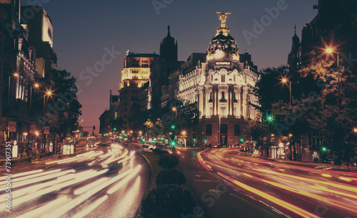 Foto op Aluminium Madrid The Metropolis building at night, Madrid.