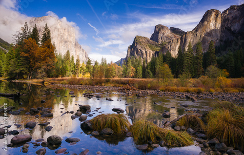 Photo  El Capitan Bridal Viel Falls Merced River Yosemite National Park