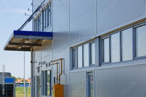 Poster Industrial geb. aluminum facade