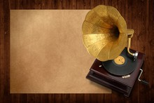 Old Music With Antique Gramoph...