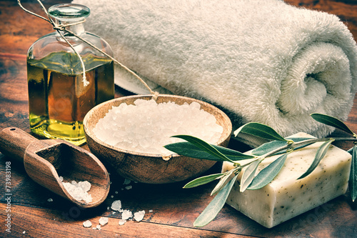 Juliste  Spa setting with natural olive soap