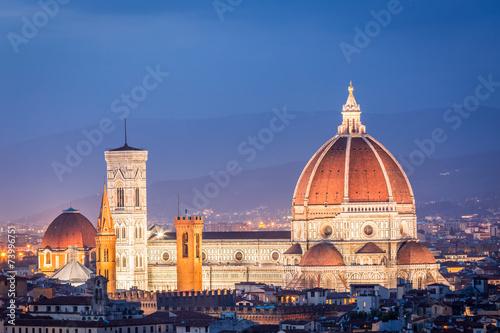 Fotografie, Obraz  Beautiful sunset over the Santa Maria del Fiore in Florence, Ita