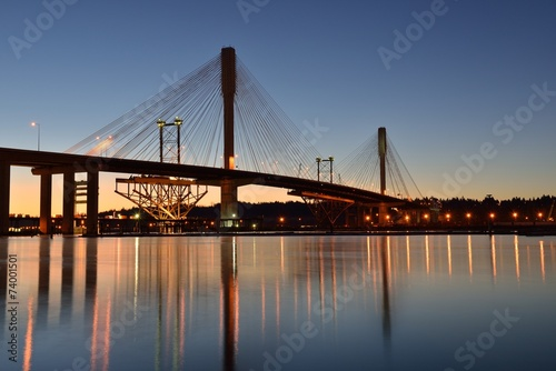 Papiers peints Pont The New Port Mann Bridge at sunrise