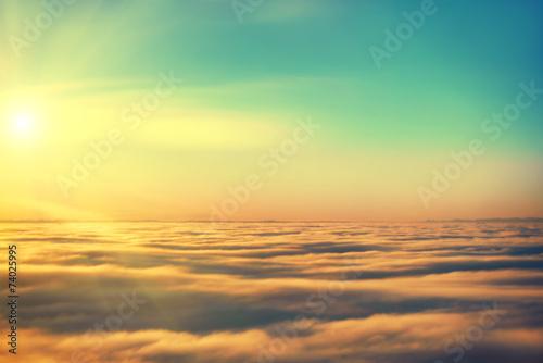 niesamowity-widok-z-samolotu-na-niebie