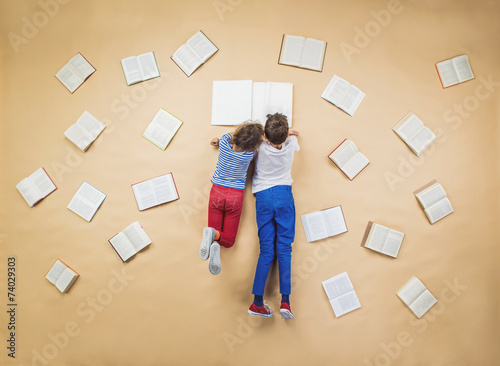 Fotografie, Tablou  Children with books