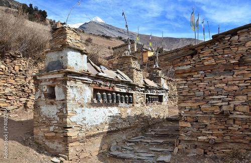 Непал. Древние буддистские святилища в Гималаях
