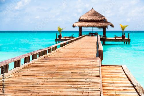 fototapeta na szkło Puente de madera pl Maldivas