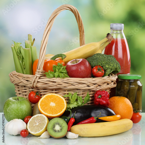 Fototapeta Früchte, Gemüse, Getränke, vegetarisch Lebensmittel Einkäufe obraz na płótnie