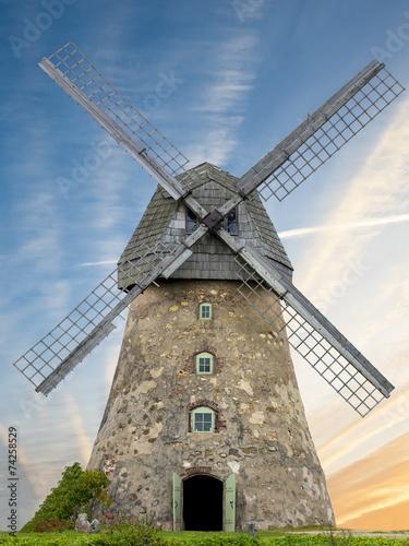 fototapeta na lodówkę Medieval windmill