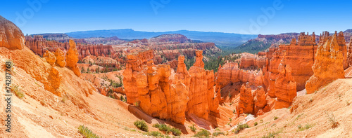 Photo Stands Canyon Panoramic view of Bryce Canyon National Park Utah, USA