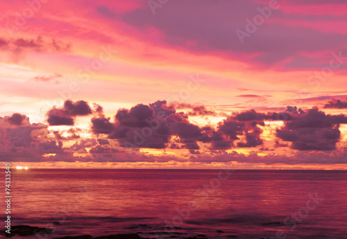 Foto op Plexiglas Crimson Evening Scene Sunset Paradise