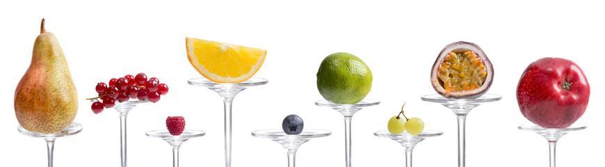Obraz na Szkle Viele verschiedene Früchte auf Glas präsentiert
