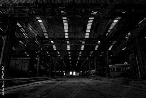 Poster Chicago Large industrial hall of a repair station